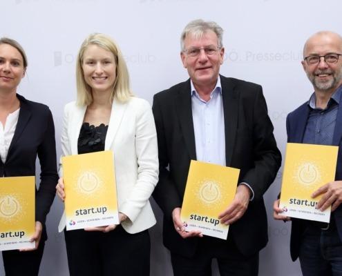 Stefanie Jörgl, Buch.Zeit, LRin Mag.a Christine Haberlander, Landesschulratspräsident Hofrat Fritz Enzenhofer, Landesschulinspektor HR Franz Payrhuber